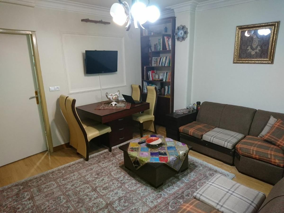 فروش آپارتمان مبله در تهران YQ1621 | ارازن جا