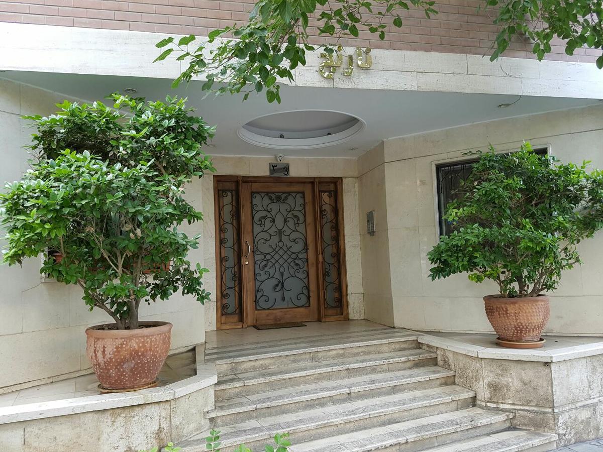 اجاره آپارتمان مبله در تهران روزانه در منطقه قلهک تهران