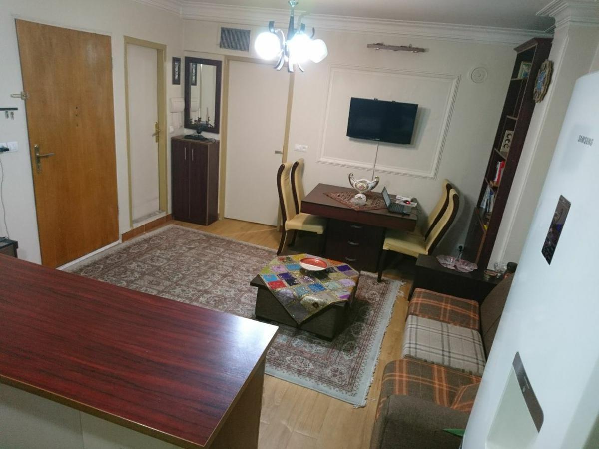 اجاره آپارتمان مبله در تهران UC9940 | ارازن جا